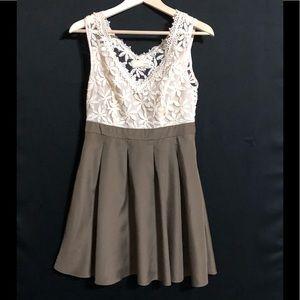 A'reve Dress Size Medium